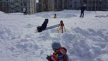 Rosyjski plac zabaw pod koniec kwietnia