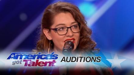 Niesłysząca dziewczyna w Mam Talent zachwyca swoim... śpiewem
