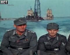 Niemieccy saperzy kolejowi budują most na Wiśle w 1944 r.