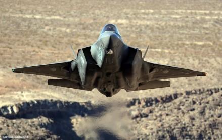 F-35 Lightning w Dolinie Śmierci